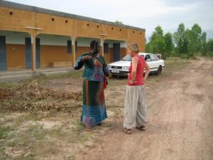 Besuch des neuen Waisenhauses